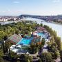 A 2024-es olimpia amellett, hogy az évtizedek óta szükséges fejlesztések megvalósulását garantálja, remekül kihasználhatja a korábbi sportesemények előkészületeit, mint például a vizes világversenyek megrendezéséhez felépített létesítményeket.  A látványtervek a Brick Visual közreműködésével készültek.