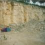 László és Cintia sátra egy kőbányában, valahol Dél-Franciaországban