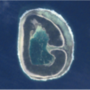 G: így fest a Pinaki-sziget egy 15 éves űrfotón, Francia-Polinézia területén, a Csendes-óceánon.